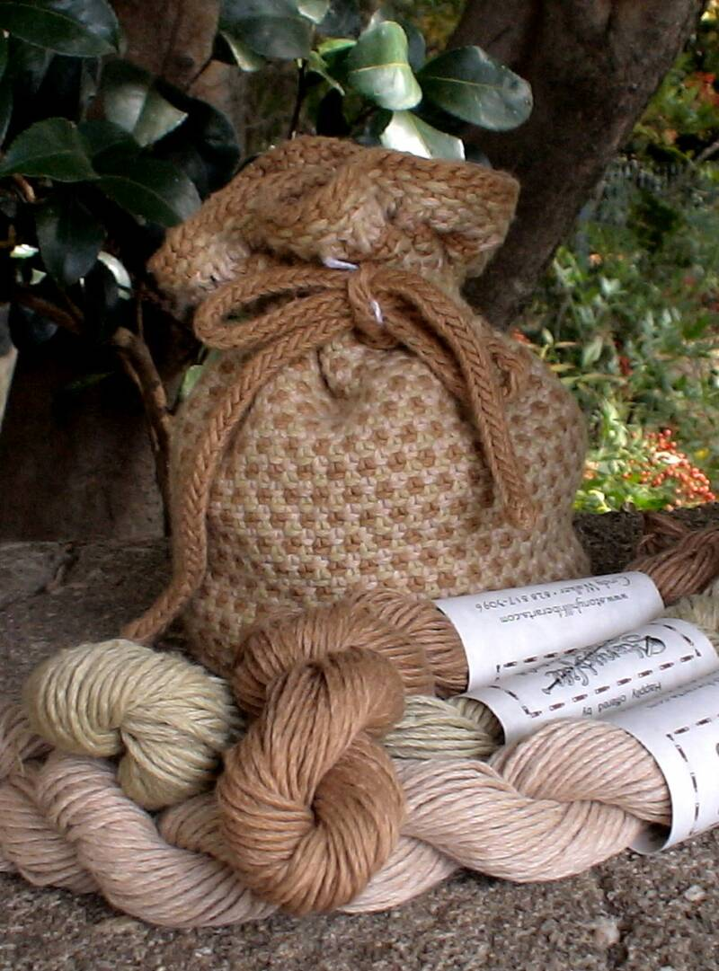 Fox Fibre organic brown yarn bag